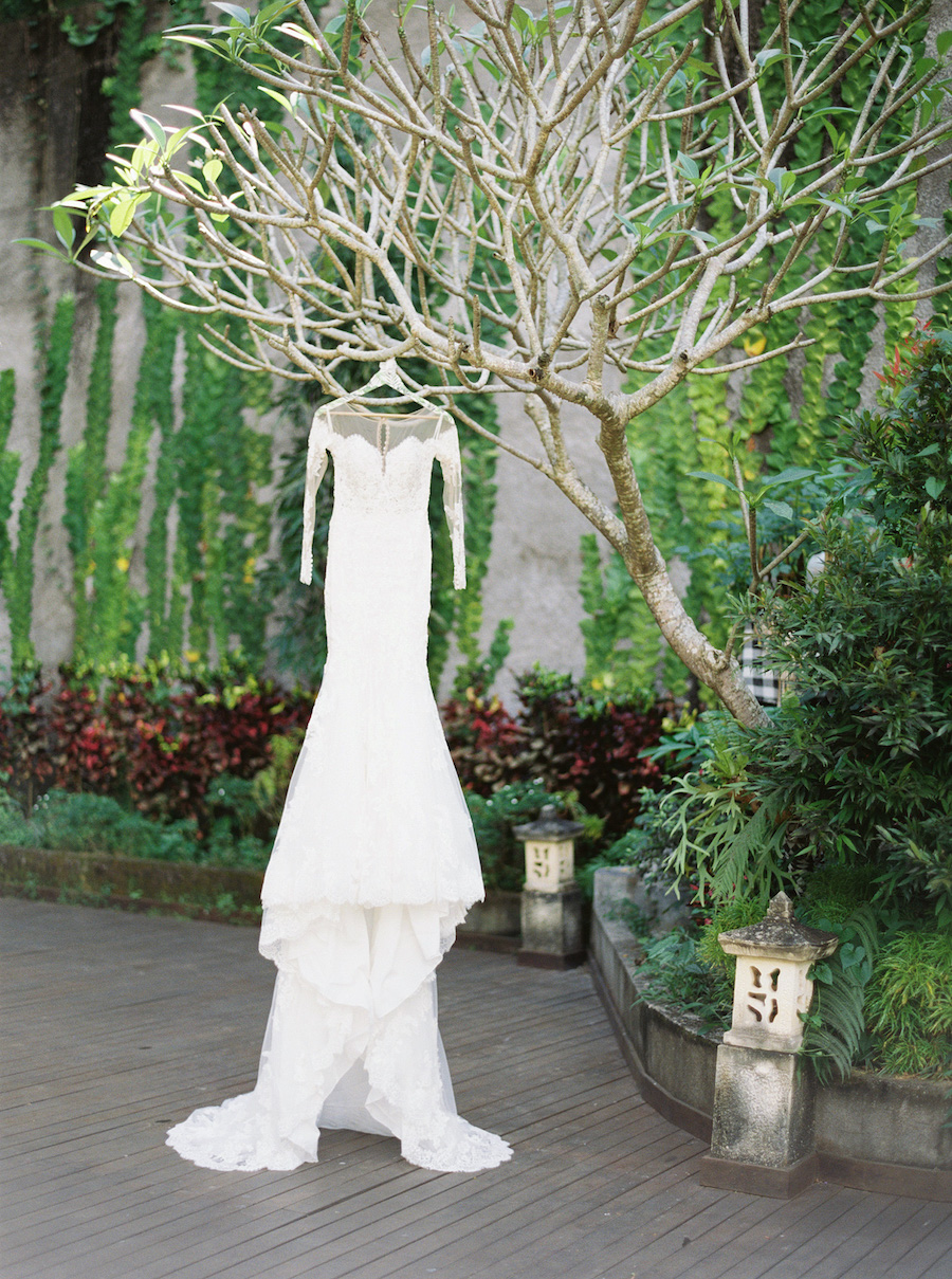 Glamorous Greenery and Floral-Filled Tropical Wedding in Bali