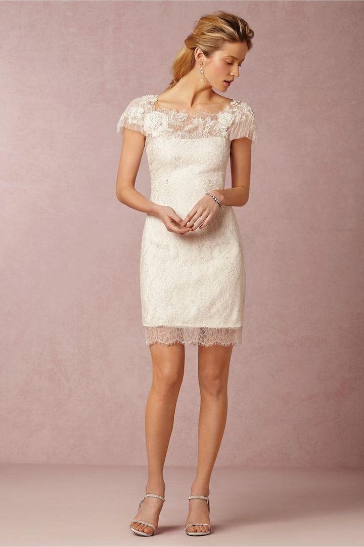 vintage-lace-wedding-dress-3-082015ch