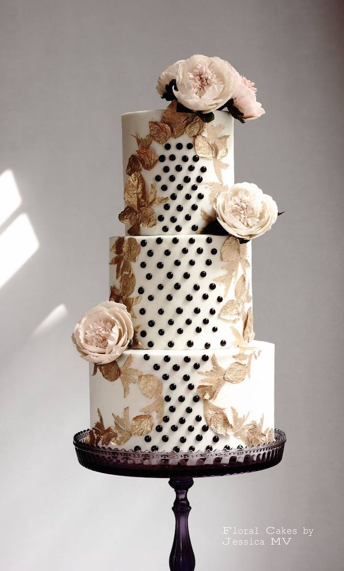 wedding-cakes-16-01152016-km