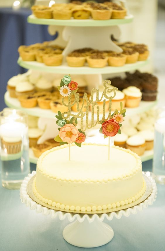 wedding-cakes-19-02152016-km