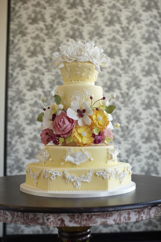 wedding-cakes-20-01312016-km