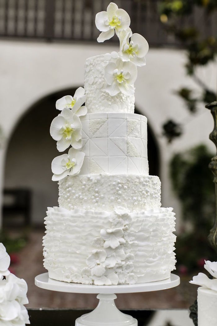wedding-cakes-22-11302015-km