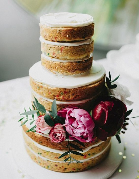 wedding-cakes-24-02172016-km