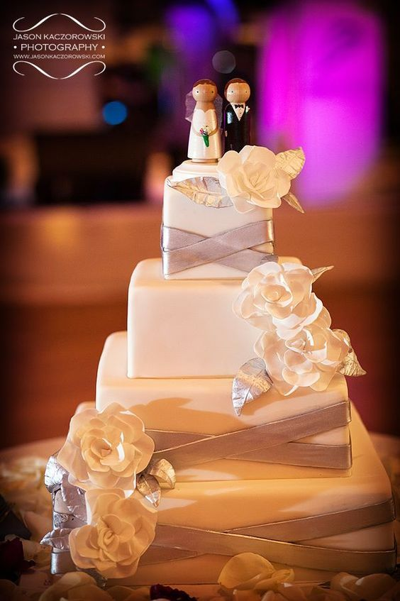 wedding-cakes-28-01312016-km