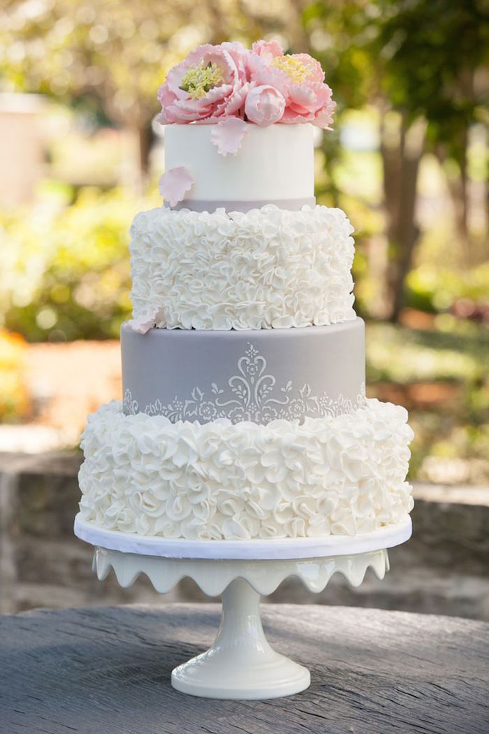wedding-cakes-3-11302015-km