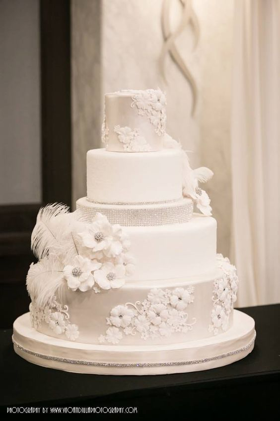 wedding-cakes-31-01312016-km