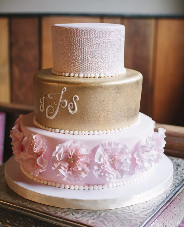 wedding-cakes-7-01152016-km