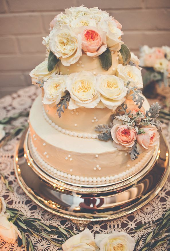 wedding-cakes-8-01152016-km