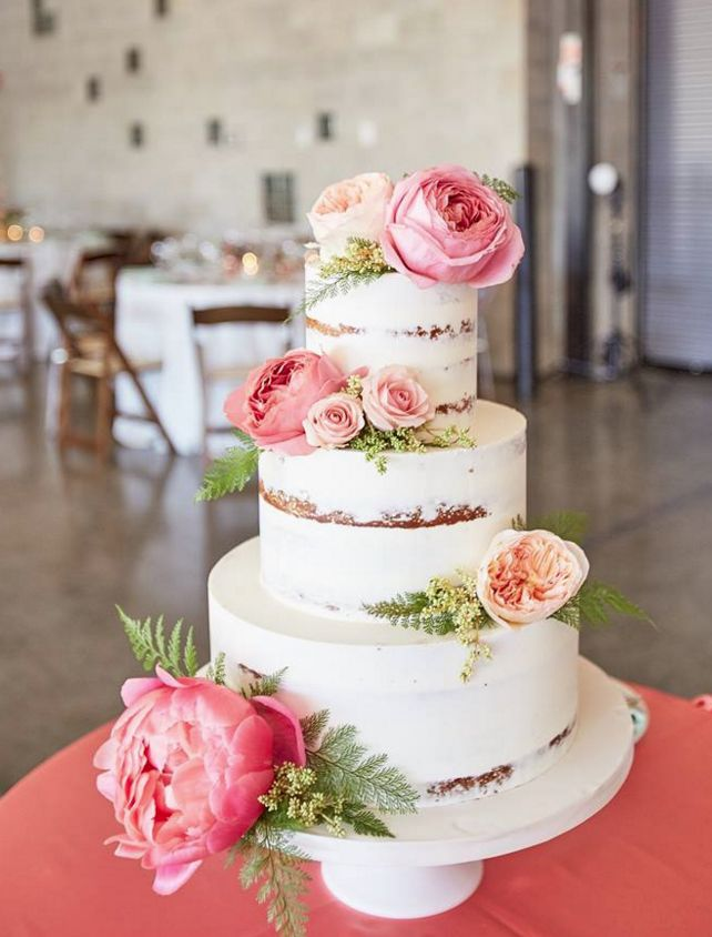 wedding-cakes-8-11302015-km