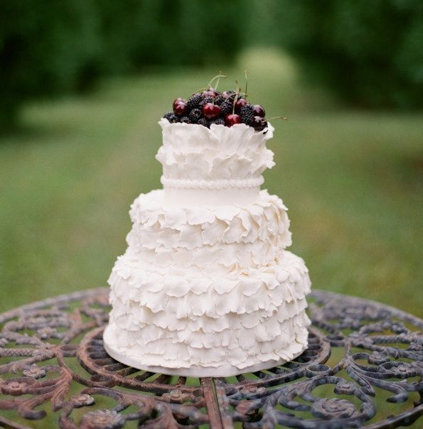 wedding-cakes-9-01152016-km