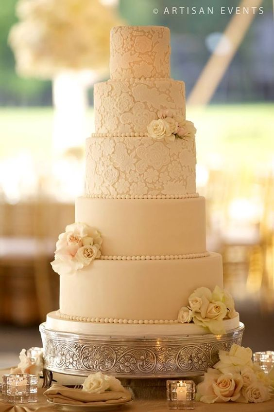 wedding-cakes2-18-01312016-km