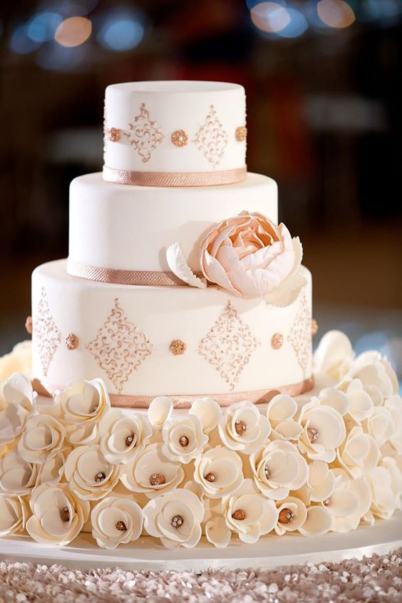 wedding-cakes2-21-01312016-km