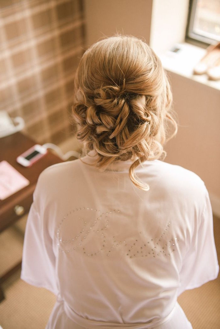 wedding-hairstyles-6-12302015-km
