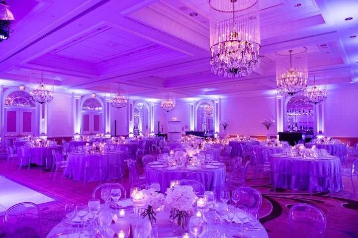 Glamorous washington dc hotel wedding modwedding for Hotel wedding decor